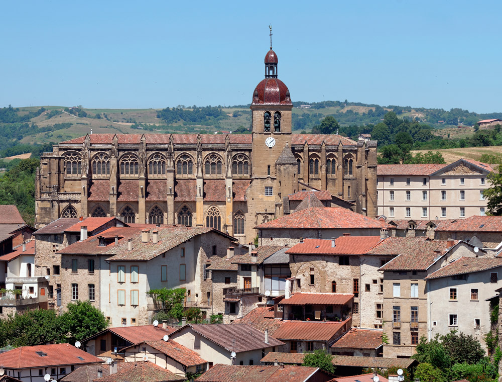 Saint-Antoine-l'Abbaye. iglesia abacial