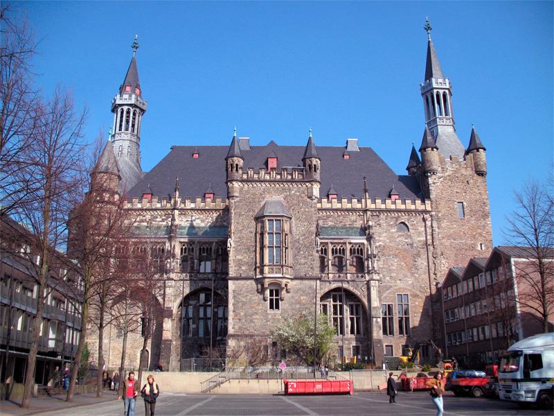 palacio carlomagno