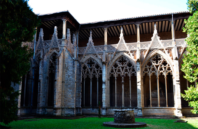claustro catedral pamplona