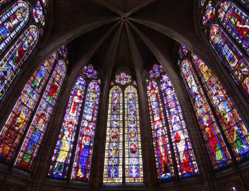 León: historia, luz y poesía