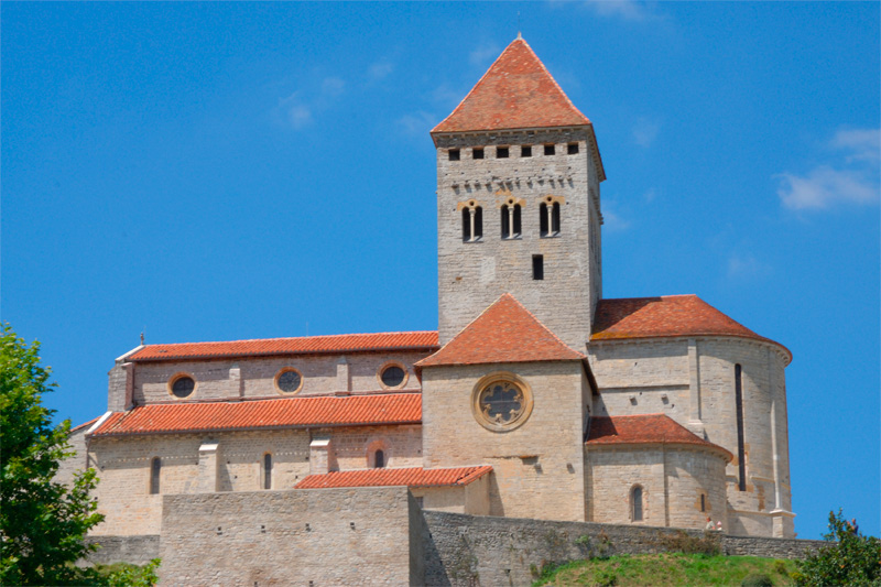 Iglesia de San Andrés, en Salvatierra de Bearne